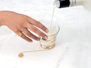 Licor 43 lanceert limited edition gouden sieradenlijn